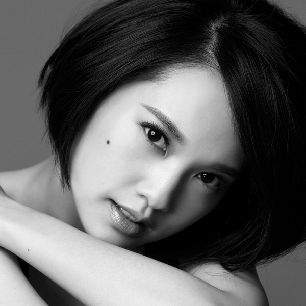 Single Wo Xiang Ai (我想愛) by Rainie Yang