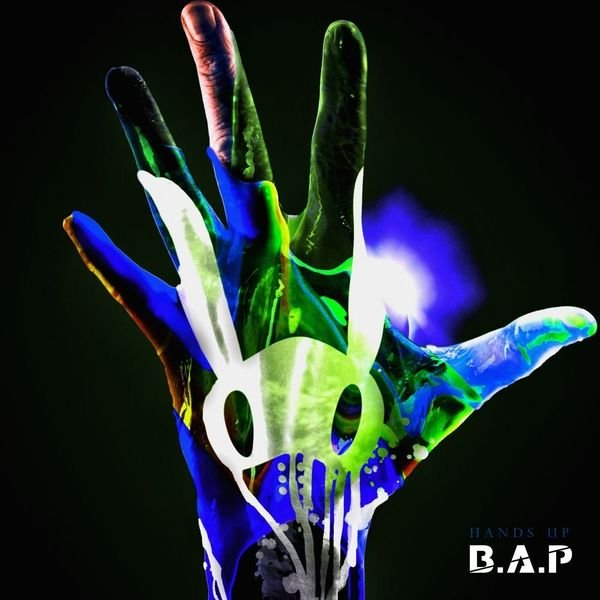 Single HANDS UP by B.A.P