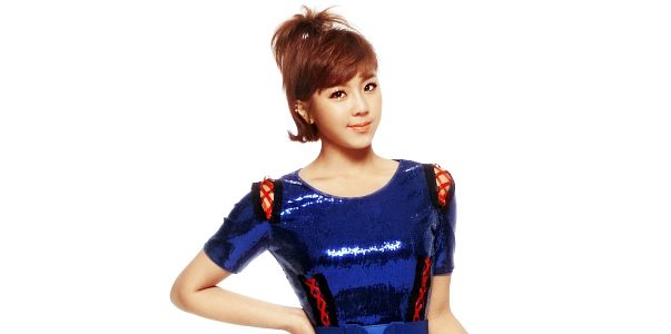 http://www.jpopasia.com/i1/celebrities/1/28916-yewon-78rd.jpg