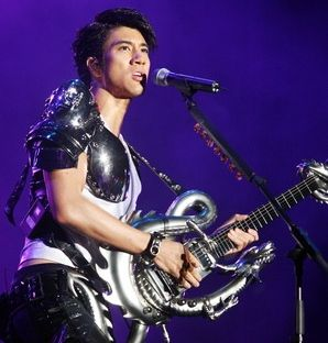 Music Man Wang Lee Hom Powers Up Singapore Indoor Stadium