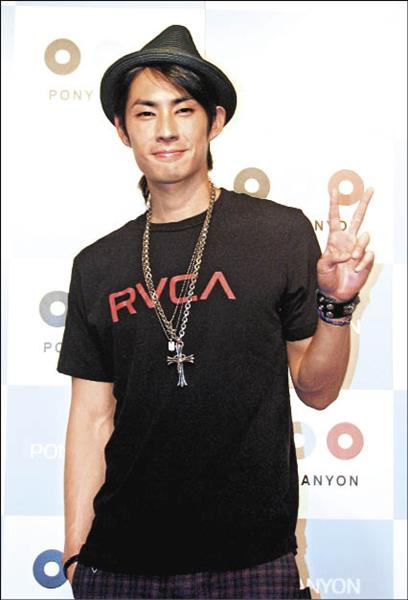 Vanness Wu Holds Handshake Event for Japanese Fans
