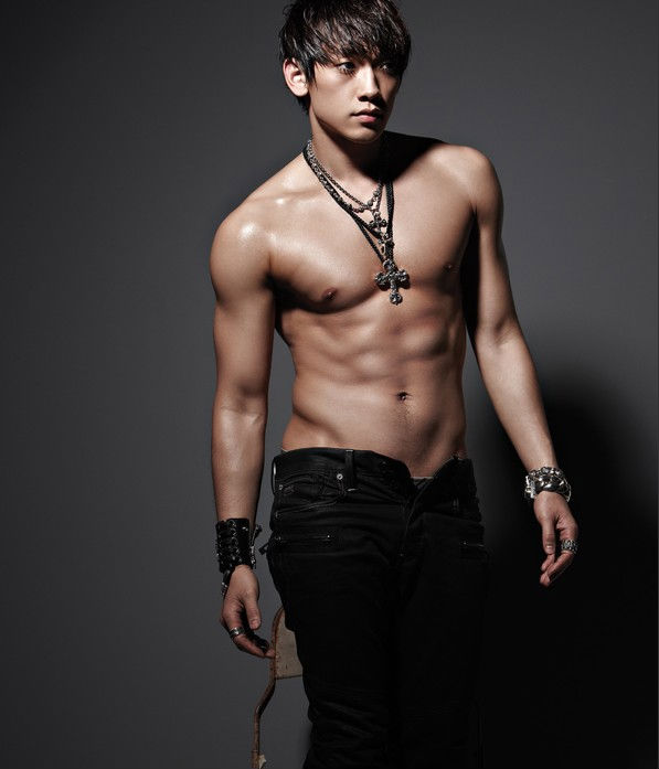 "Rain Has The Hottest Body According To New ""Idol Chart"""
