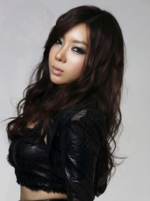 RaNia's Jooyi Almost Debuted With 2NE1?