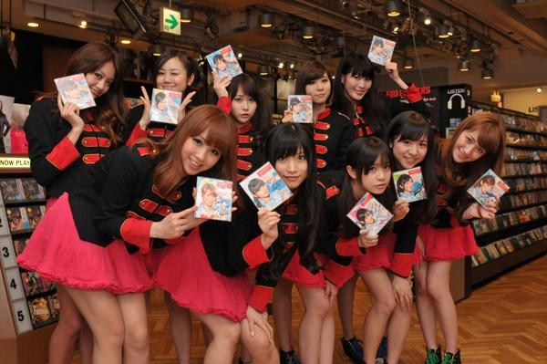 Idol Group Passpo Work As Sales Assistants In CD Store!