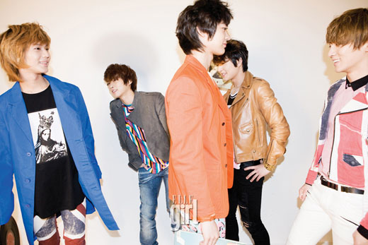 SHINee Featured in AnAn Magazine + Individual Interviews