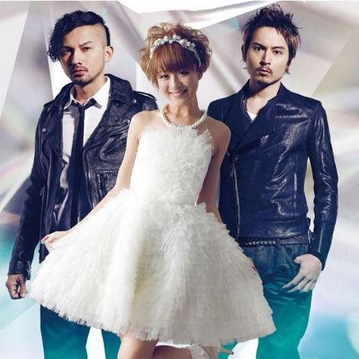 [Jpop] Suzuki Nana Shows off Wedding Dress in Collaboration MV