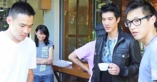 "Lee Hom Wang Reveals the Full MV for ""Still In Love With You"""