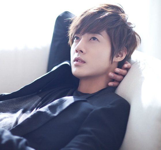 Kim Hyun Joong Plans Debut Japanese Album For 2012