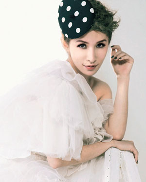 [Cpop] Elva Hsiao Insists on Loving Herself First, in No Hurry to Wed