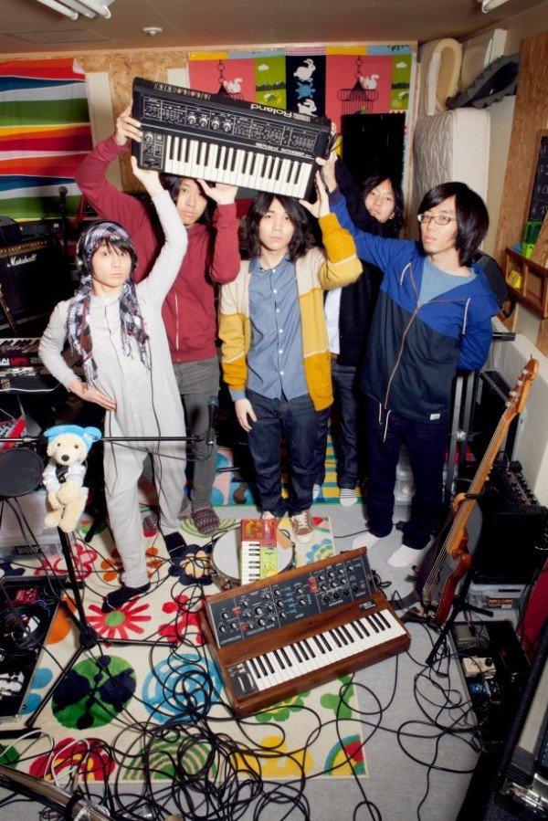 [Jrock] Galileo Galilei Announces 2nd Album, Now 5 Member Group