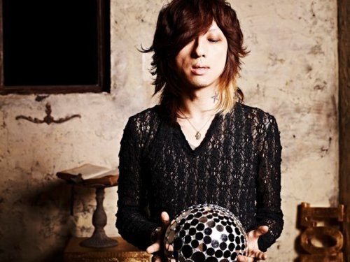 [Jrock] Kiyoharu Releases New Single After More Than 2 Years