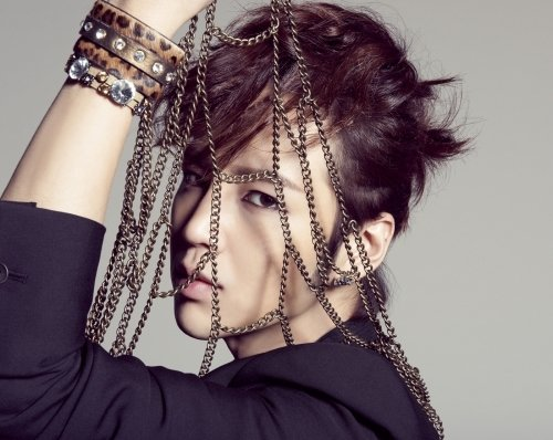 Jang Geun Suk Gets Into Car Accident