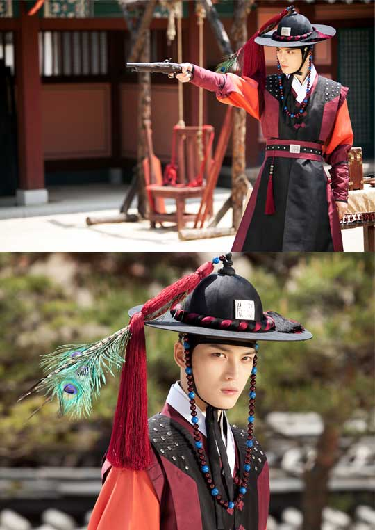 "Teaser For JYJ's Jaejoong's New Drama ""Time Slip Dr Jin"" Revealed"