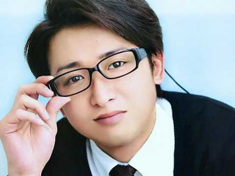 Arashi's Satoshi Ohno Shows Off His Impression Of His Costars