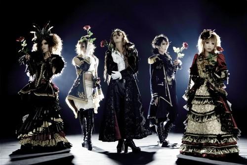 [Jrock] Versailles' HIZAKI Tweets his Message to Fans