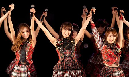 Atsuko Maeda Holds Final Performance With AKB48, Graduates From Group