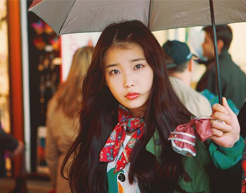 IU Slips And Falls While Filming Commercial