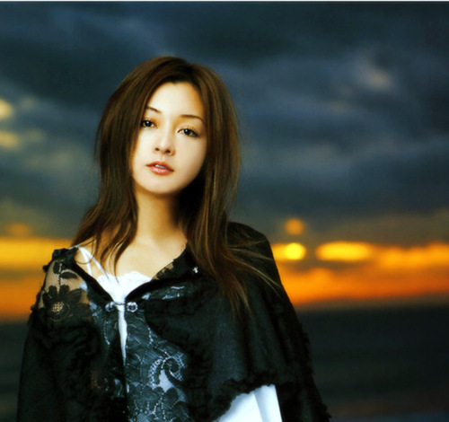 [Jpop] Do As Infinity's Tomiko Van Surprises With Marriage Announcement