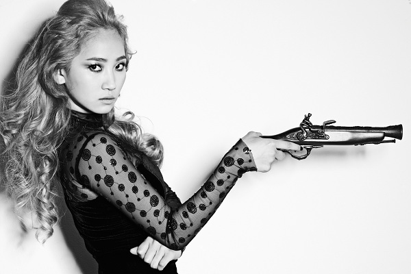 "Wonder Girls' Yenny Rumored To Be Starring In New Musical ""The Three Musketeers"""
