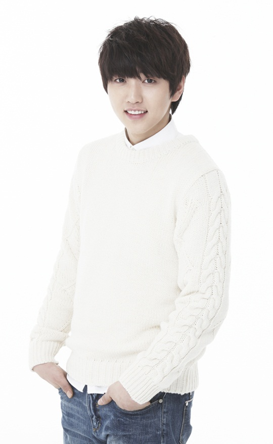 B1A4's Sandeul Undergoes Knee Surgery