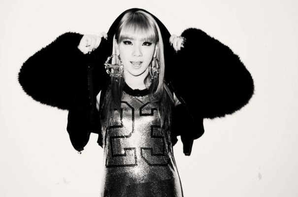 CL To Release 1st Solo Album + Discusses 2NE1's Comeback