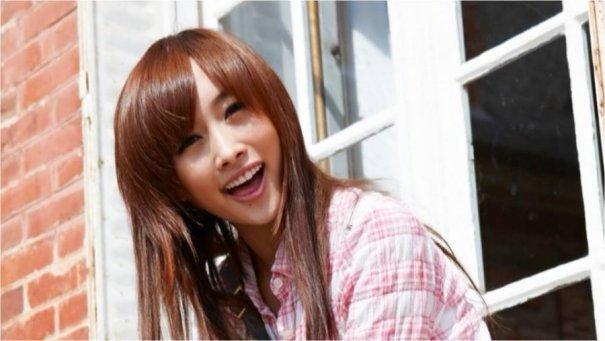 KARA's Nicole to Teach English via Radio Show in Tokyo