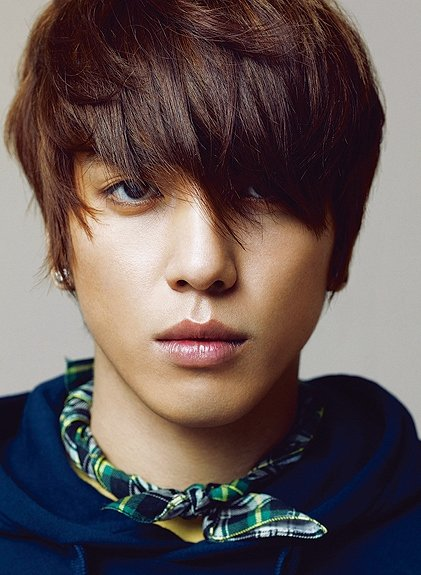 "CNBLUE's Yong Hwa Cast in Upcoming Drama ""Heirs"""
