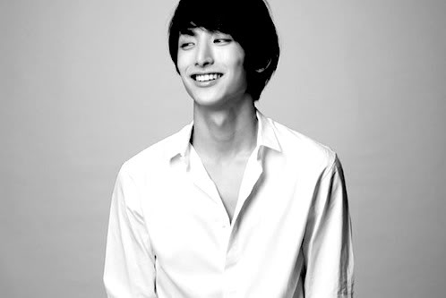 Lee Soo Hyuk Returns to TV with Two Projects