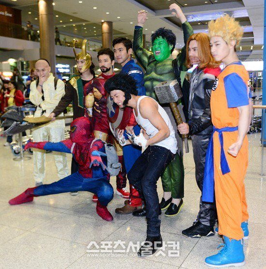 Super Junior Cosplay As Superheroes