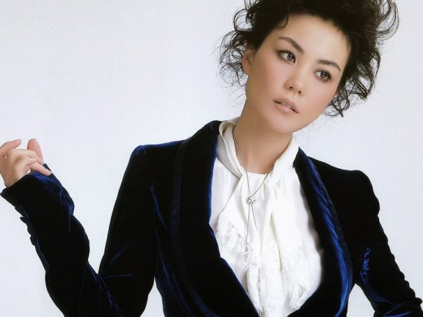 Faye Wong Cherishes Teresa Teng's Memory On 18th Anniversary Of Her Death