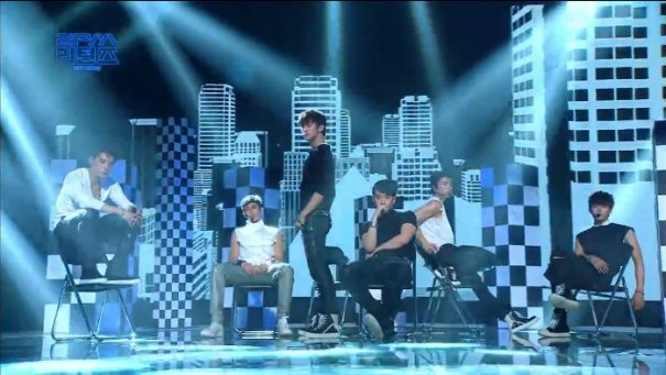 2PM Airs Special Comeback Show