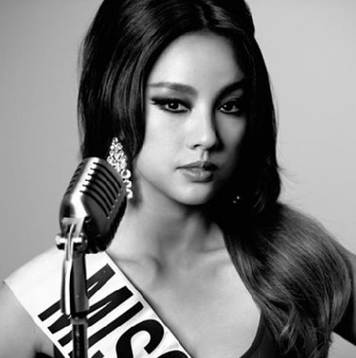 Fans Must Sign a Pledge of Silence in Order to See Lee Hyori's Comeback