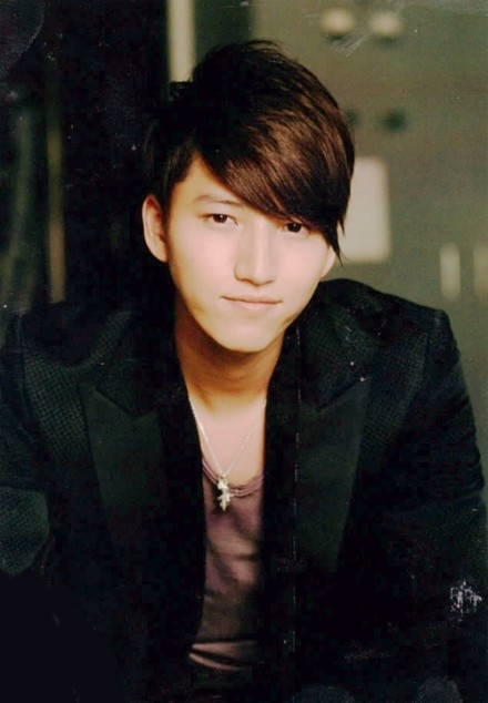 "KAT-TUN's Junnosuke Taguchi Reveals Full PV of ""Flash"""