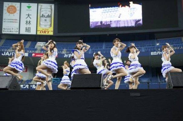 AKB48 Holds Their 34th Single Senbatsu Janken Tournament at Nippon Budokan