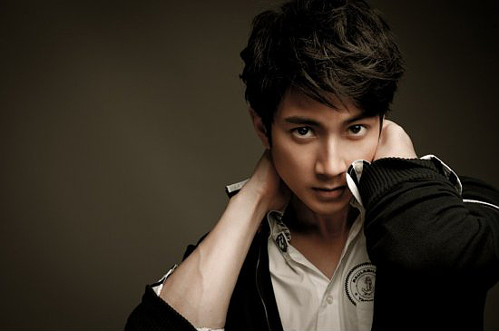 Wu Chun Confesses He is Married and Has a Child