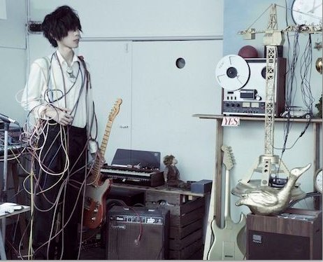 [Jpop] Vocaloid Producer Hachi Worldwide Digital Releases Under Real Name Kenshi Yonezu