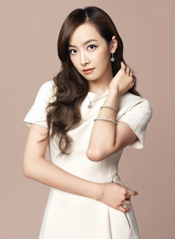 [Kpop] f(x)'s Victoria Cast In Chinese Series