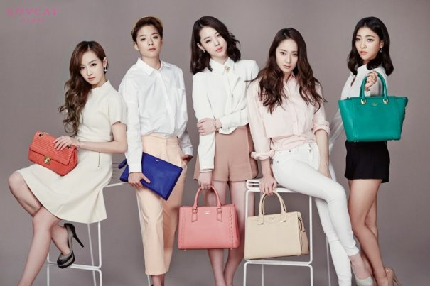 [Kpop] f(x) Poses For Lovcat Bags