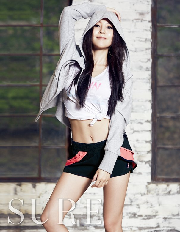[Kpop] BoA Shows Off Toned Body In Sure Magazine Photo Shoot