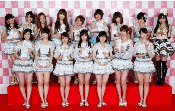 AKB48 Resumes Handshake Events