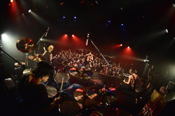 ONE OK ROCK Celebrated 10th Anniversary of Ebisu Liquid Room with Crossfaith