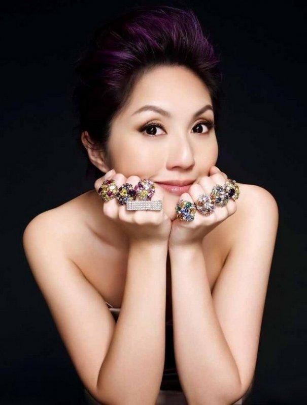 "40 and Hot! Miriam Yeung can ""Seduce"""