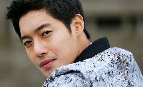 Kim Hyun Joong Drafted For Military Service In October, Asks For Postponement
