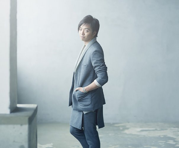 "Daichi Miura Announces New Single ""Furueau Dake de ~Always with you~ / IT'S THE RIGHT TIME"""