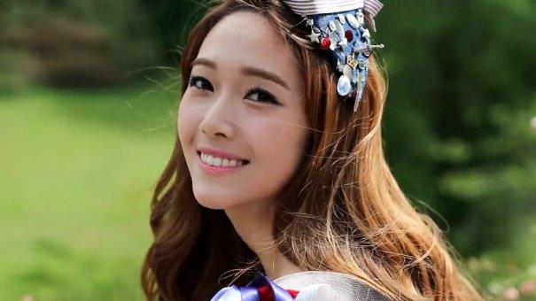 Former Girls' Generation Member Jessica Preparing For Solo Debut?