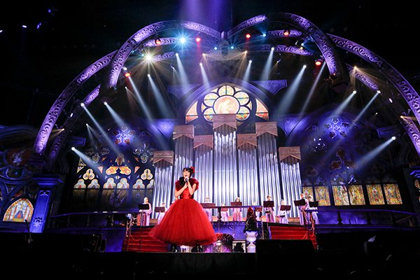 [Jpop] Nana Mizuki Holds 1st Acoustic Concert, Attended By 54,000 People