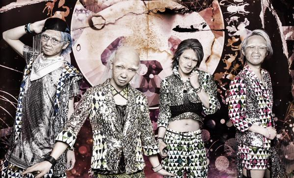 """LEZARD Promotes Upcoming Single with New """"Old"""" Look"""