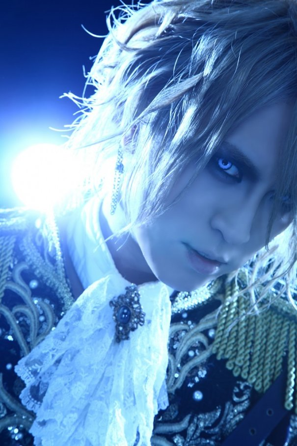 KAMIJO Celebrates 20th Anniversary with Best Album
