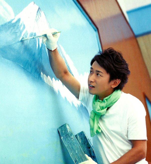 Arashi's Satoshi Ohno Opens 2nd Solo Art Exhibit After 7 Years