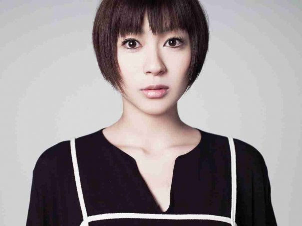 Utada Hikaru's Father Updates Fans On Daughter's First Month As A Mother